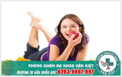 Nên ăn nhiều hoa quả tươi khi bị huyết trắng