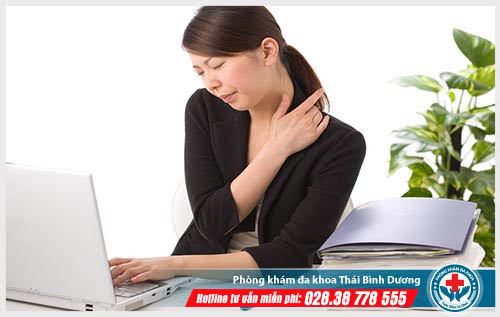 Dấu hiệu và nguyên nhân gây đau nhức vai gáy