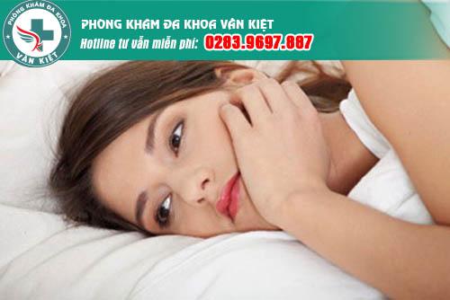 Ngứa âm đạo dấu hiệu của viêm lộ tuyến cổ tử cung