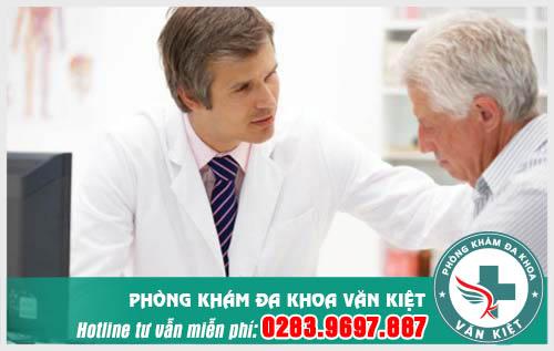 Người già có bị mắc viêm đường tiết niệu không ?