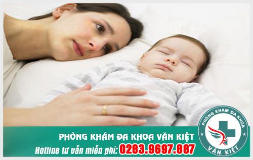 Phụ nữ sau sinh bao lâu nên tiến hành điều trị trĩ