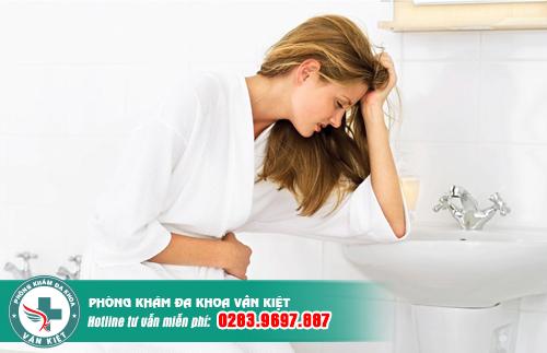 Tiểu buốt, tiểu rắt ở phụ nữ là bệnh gì?