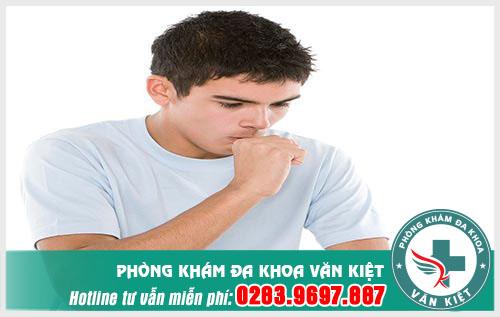 Viêm họng có phải là viêm phế quản không?