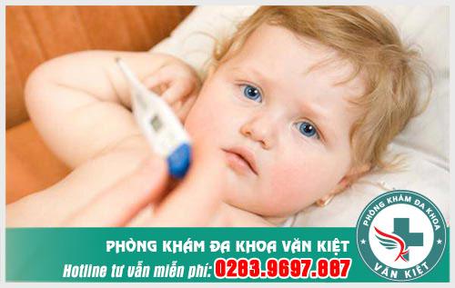 Viêm họng ở trẻ sơ sinh - Nguyên nhân phổ biến và cách điều trị