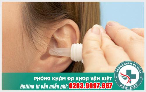 Viêm tai giữa có cần dùng kháng sinh không?