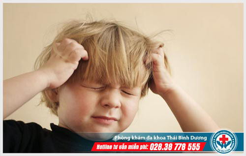 Viêm tai giữa có gây đau đầu không?