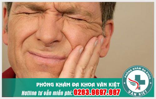 Viêm xoang hàm có ảnh hưởng đến răng không?